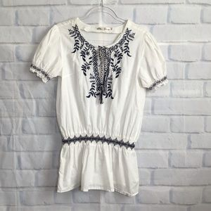 Solitaire White Embroidered Peasant Blouse